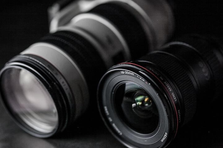 Pilihan Lensa Kamera Digital DSLR Terbaik