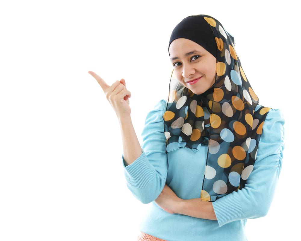 15 Pose Model Hijab Indoor Yang Keren Foto Co Id