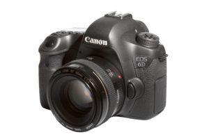 Kamera Profesional Canon