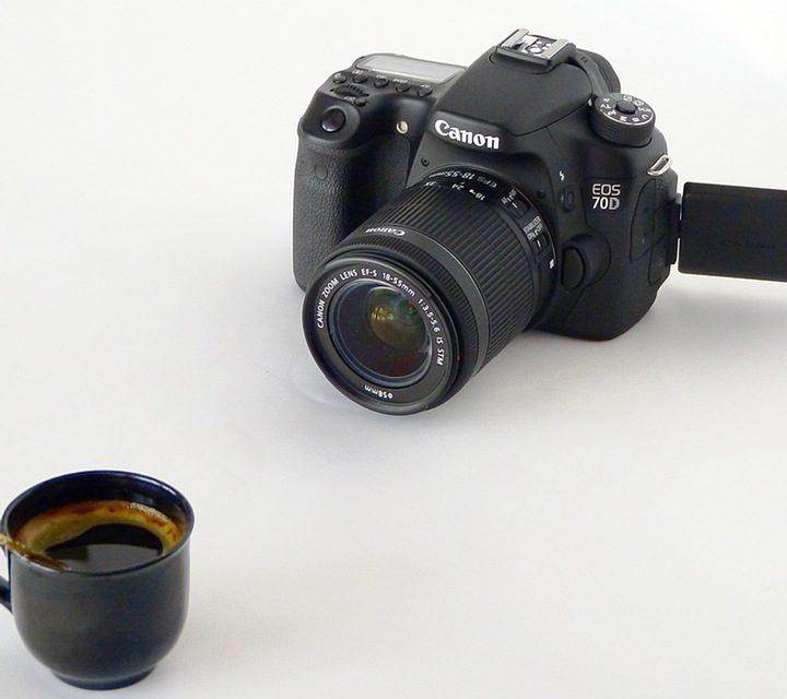 5 Kamera DSLR Canon yang Cocok Untuk Pemula