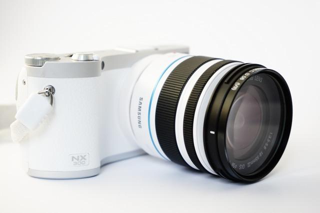 5 Kamera Terbaik Dengan Layar LCD Yang Bisa Diputar