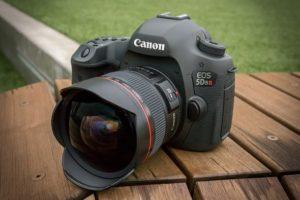 kamera sensor full-frame