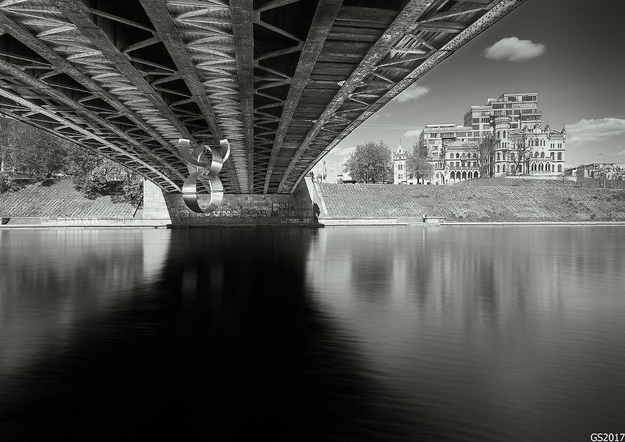 Saya Memotret Keindahan Jembatan Penyeberangan Di Lithuania