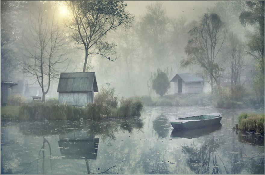 Foto-Foto Menawan Di Desa Berkabut
