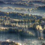 Gambar Sinar Matahari dari Atas Bukit Savinjska, Slovenia