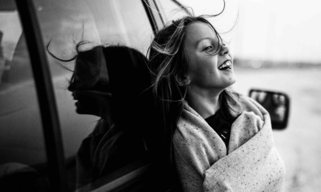 Koleksi Foto Terbaik dari Kontes B&W Child Photography