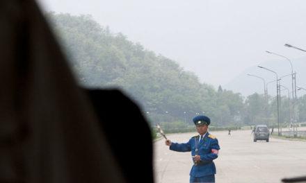 Pemandangan Jalan Raya di Korea Utara yang Saya Ambil Saat Liburan